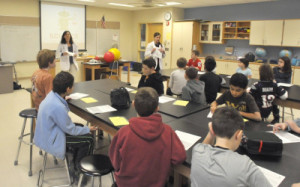 Program brings science experts to Plainville schools