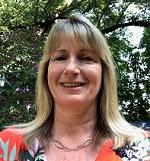 Headshot of Evelyn MacGrath.