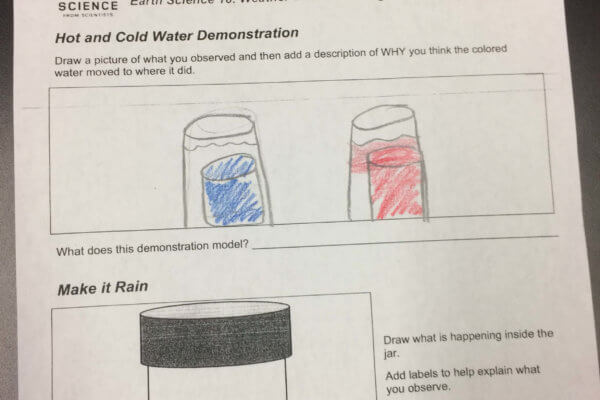 A worksheet shows blue and red containers.
