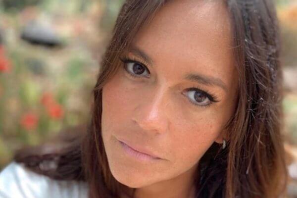 Livia Braga_Bio Pic-page-001